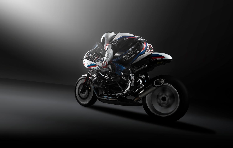 BMW Motorrad R nineT by Zachary Bolena