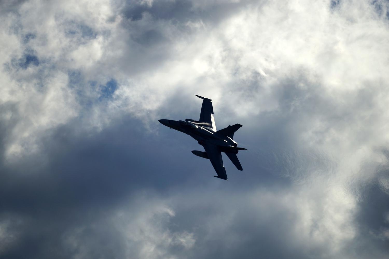 F/A-18F Super Hornet by Wojciech Grencer