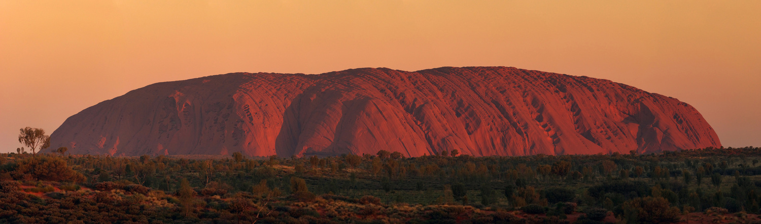 Uluru by Wojciech Grencer