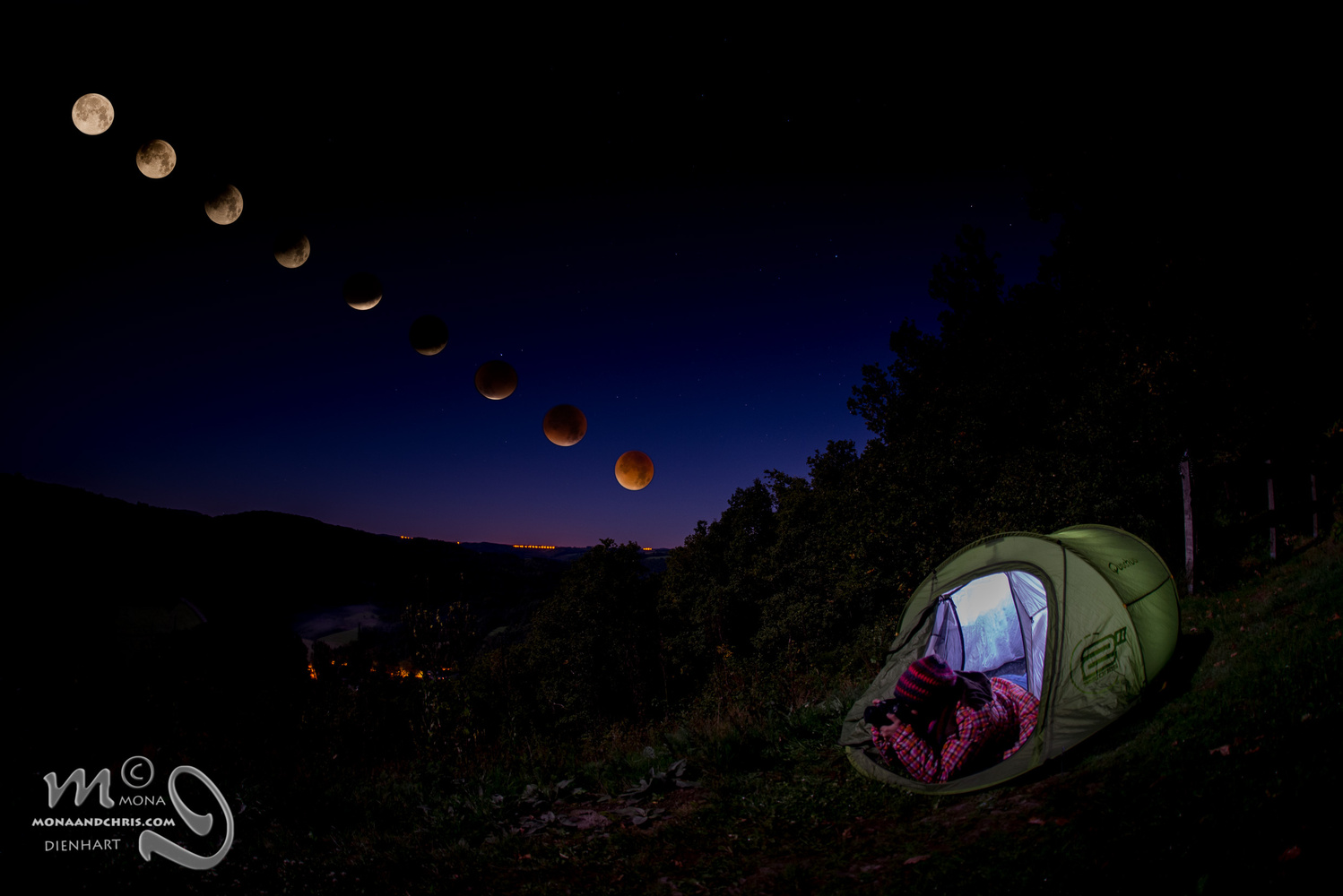 Total eclipse of the moon by Mona Dienhart