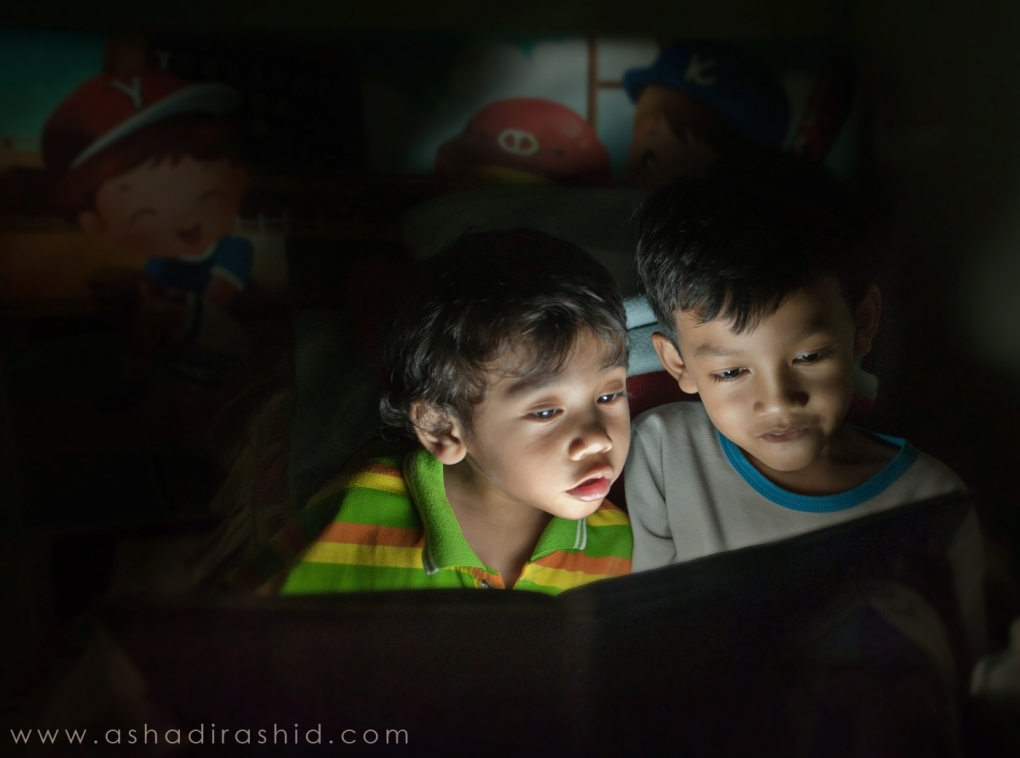Reading time by Ashadi Rashid