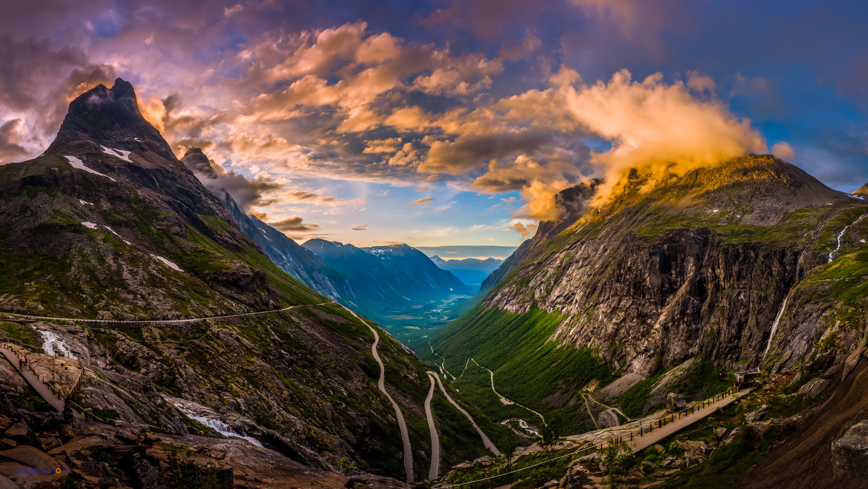 Trollstigen sunset by Hans Jørgen Lindeløff