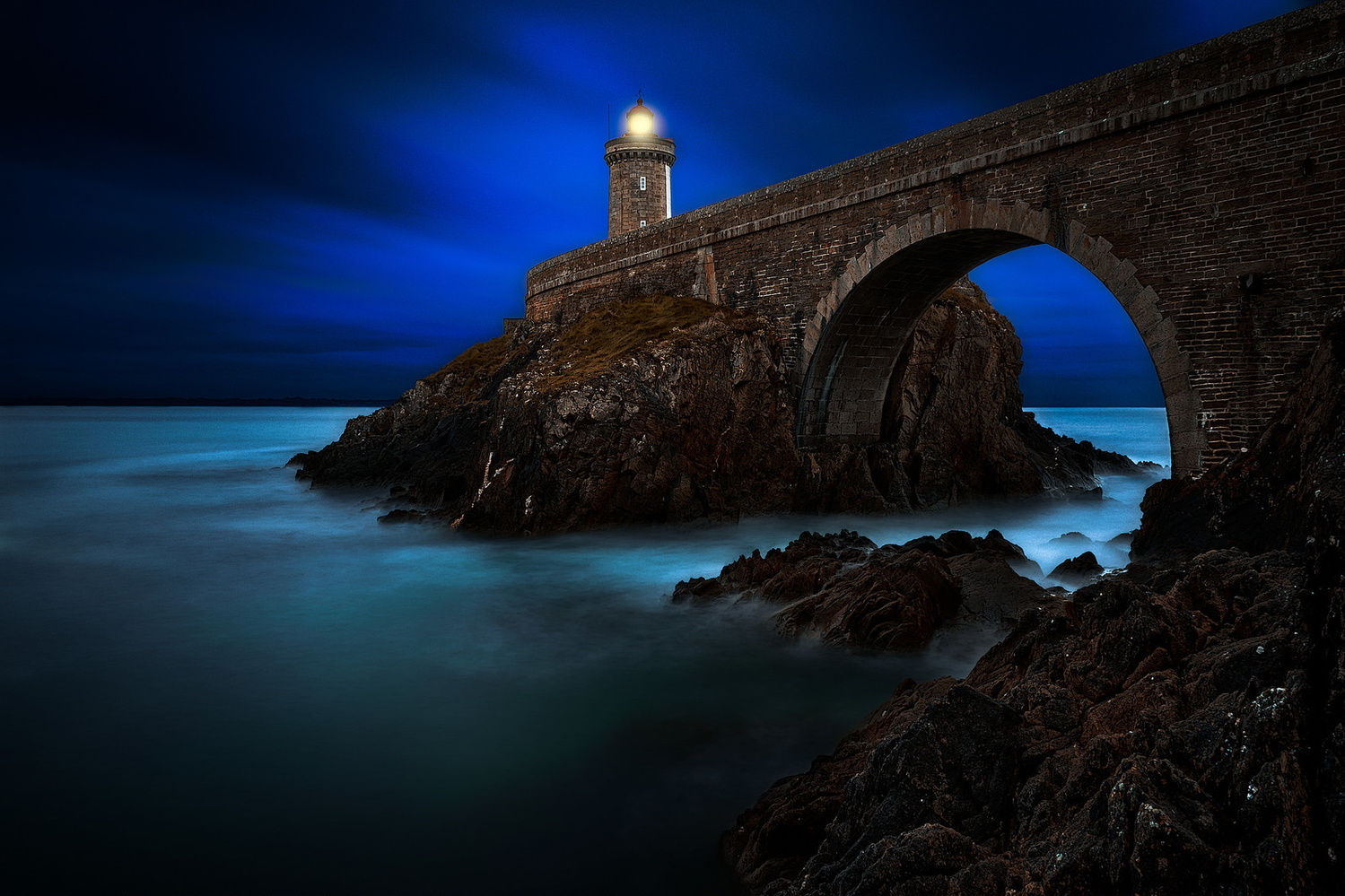 Blue night by denis lomme