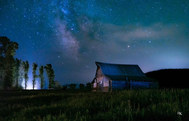UFO at Moulton Barn by Dylan Kraft