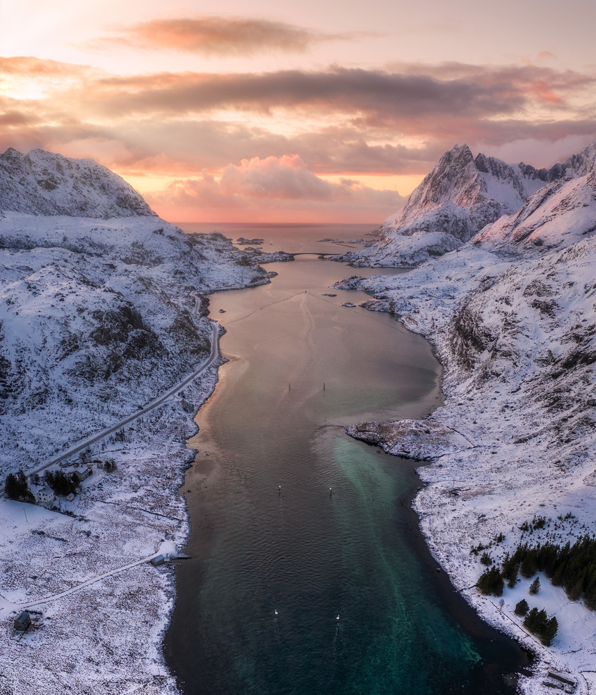 A look to the North by Richard Beresford Harris