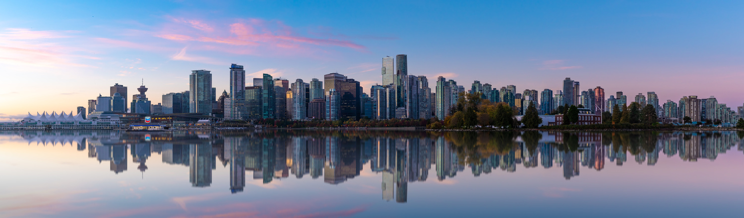 Vancouver Skyline by Remco Piet