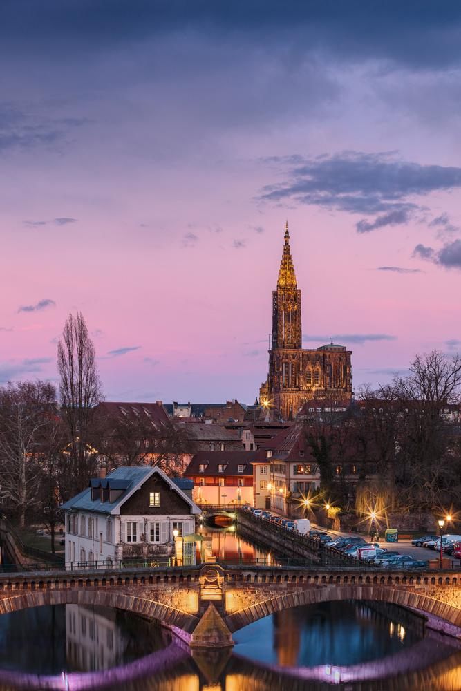 The Arrow - Strasbourg by Kevin Gewinner