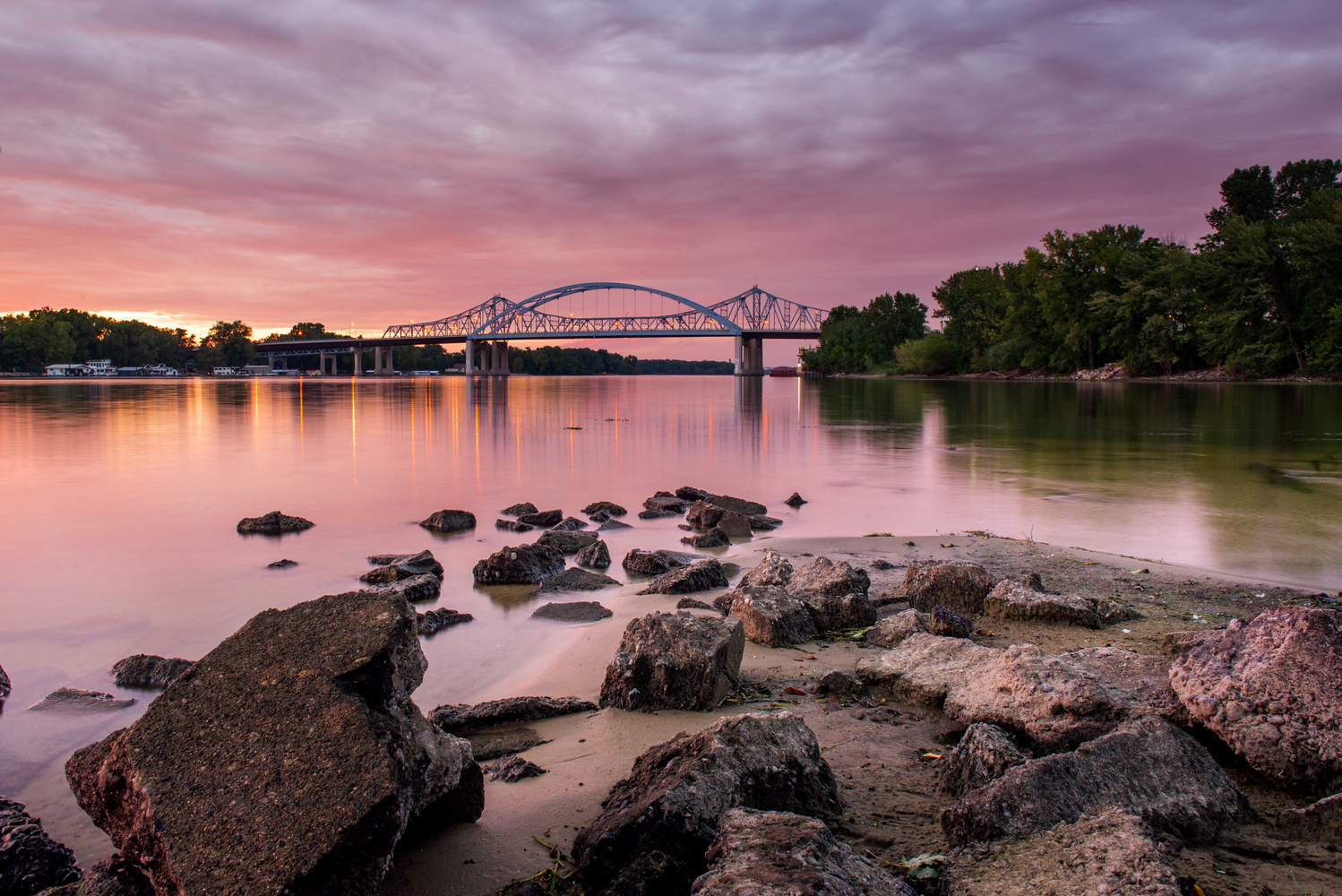 Mississippi River by jason stuempges