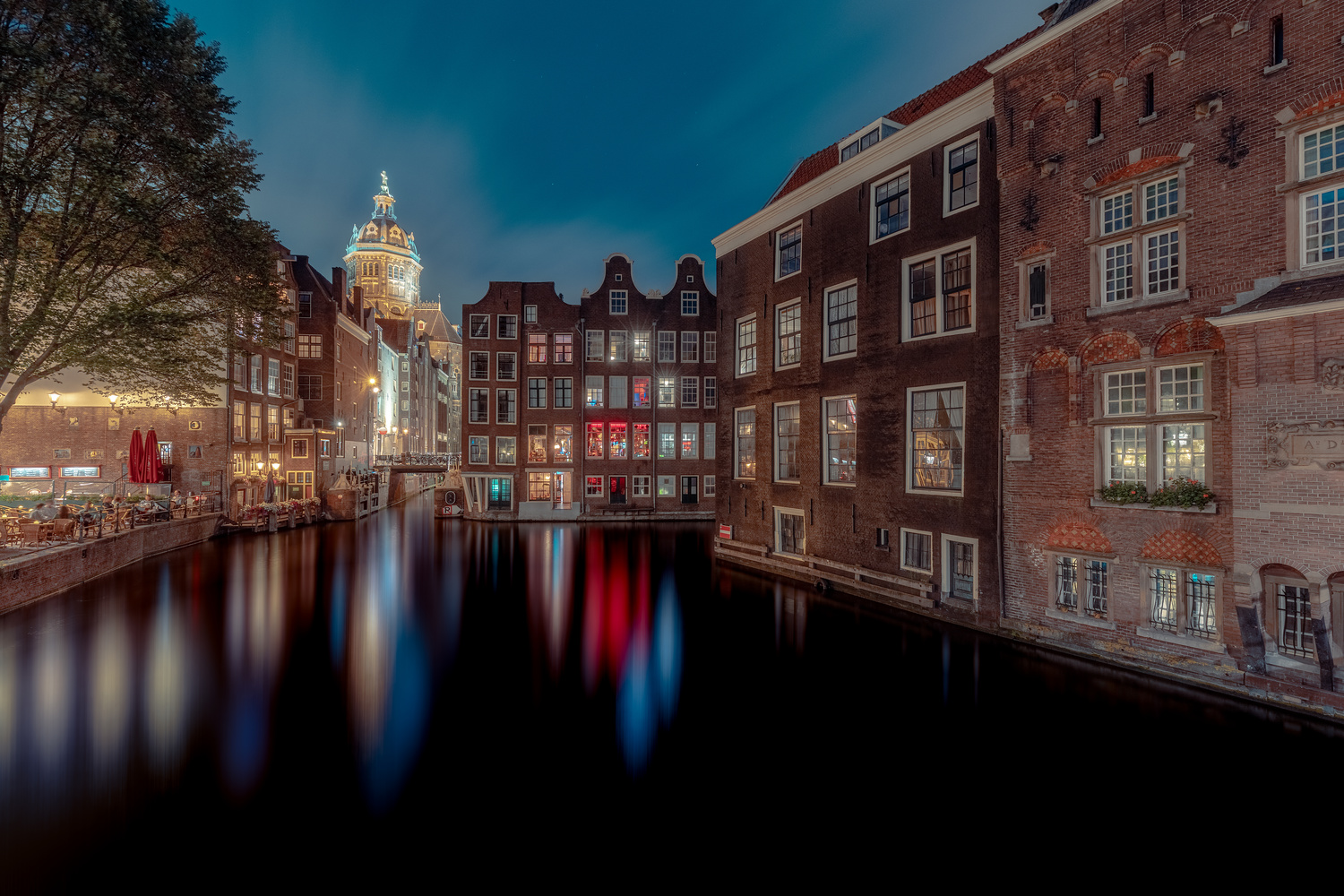 Amsterdam canal by Mike Huberts