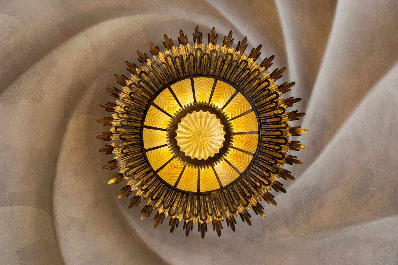 Spiral ceiling of Casa Batlló by Alexandru Pastor