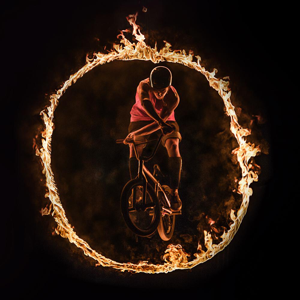 FIRE O by Yavor Minchev