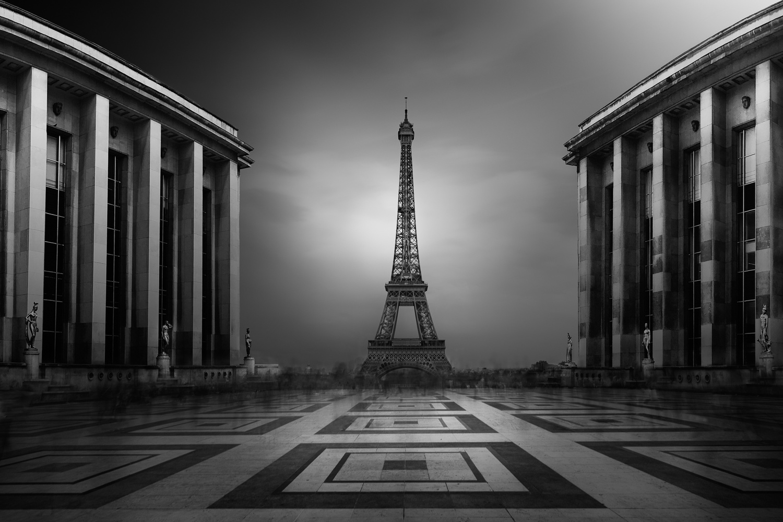 la tour Eiffel by Dennis Ramos