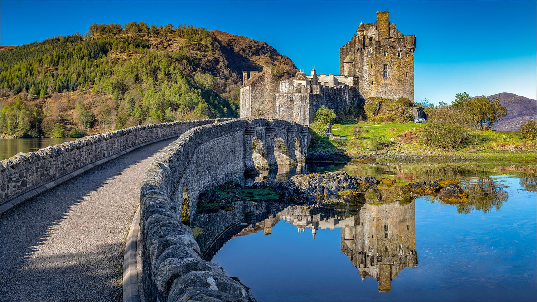 Eilean Donan Castle (Reflection) by Mark Heavisides