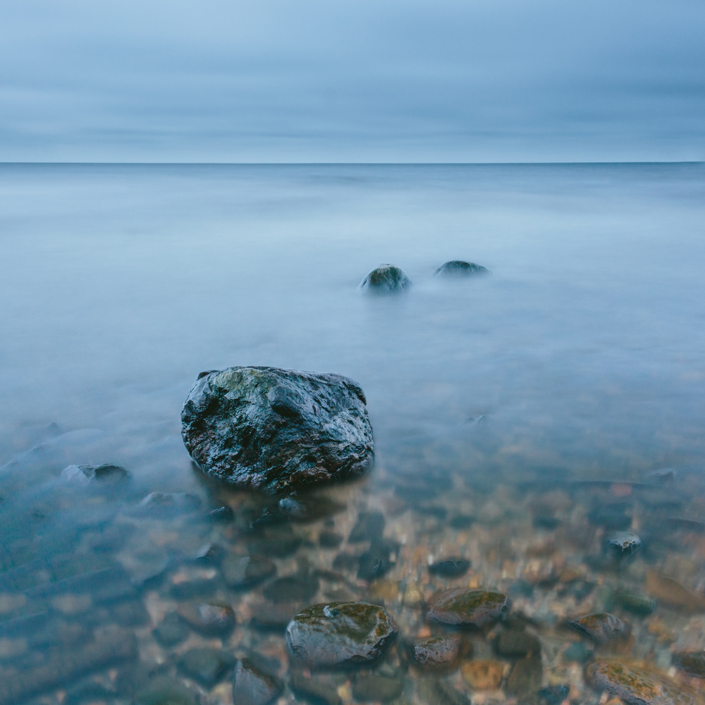 Blue meets silver by Mikhail Proskalov