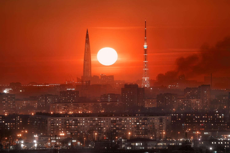 Red sunset by Mikhail Proskalov