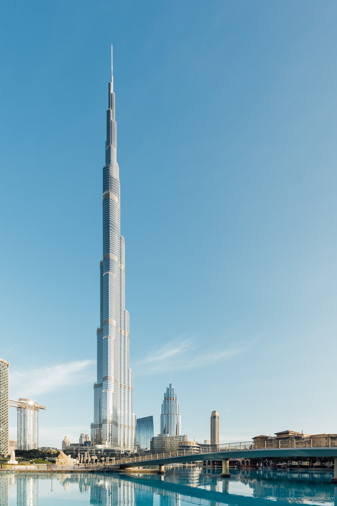 Burj Khalifa by Maciek Platek