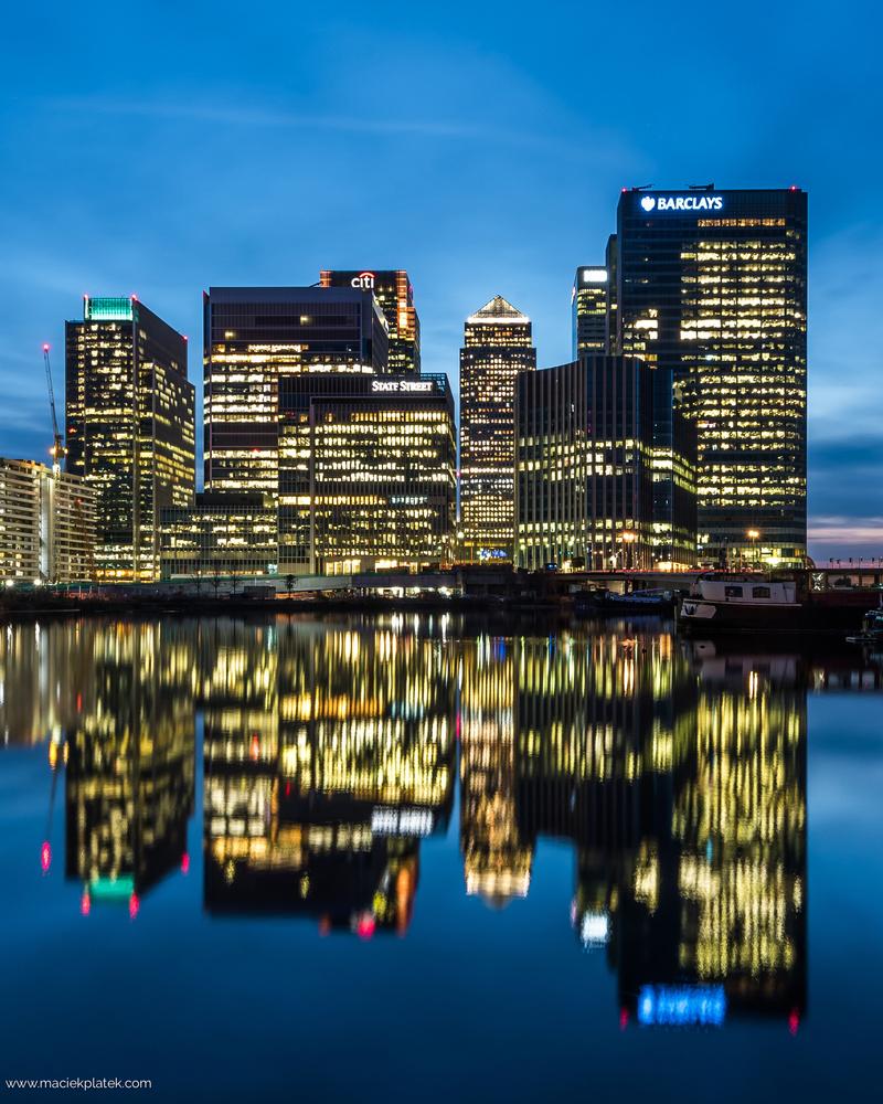 Canary Wharf by Maciek Platek