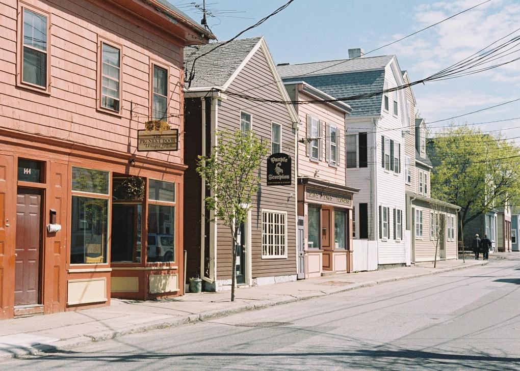 Salem, MA - Portra 400 NC by Ray Larose