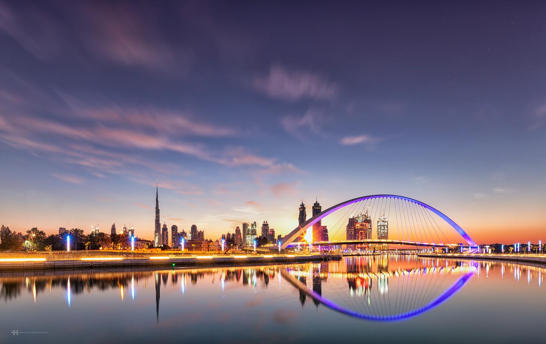 Dubai by Felix Hernandez