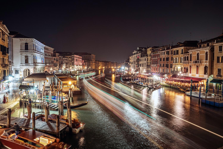 Venice by Night by Brett BARCLAY