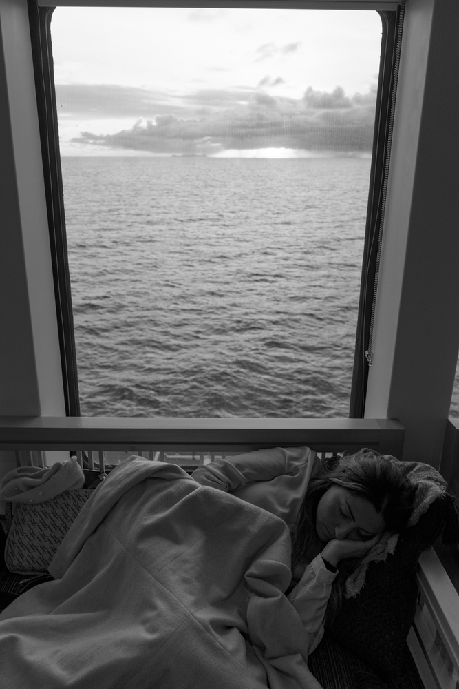 Sleep at the hurtigruten by Francisco Santander