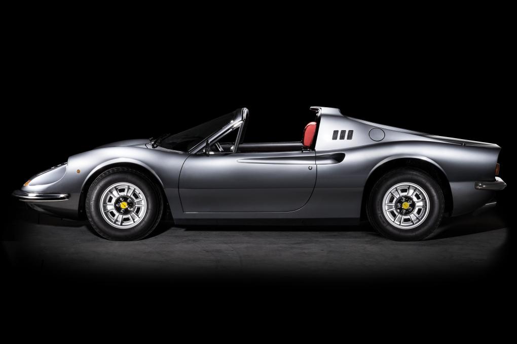 Ferrari Dino GTS - 2 by Thom Spierenburg