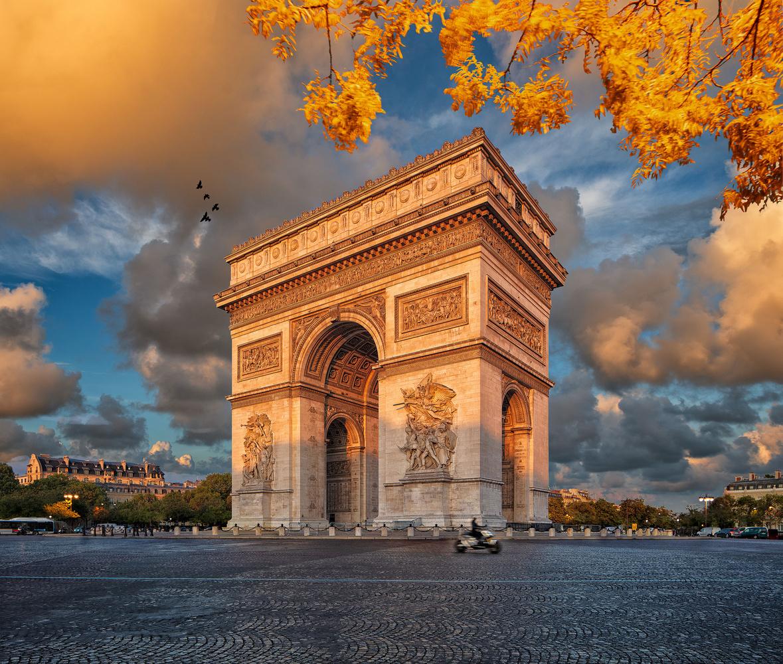 Arc de Triomphe - Sept 2019 by Miguel Santos Novoa