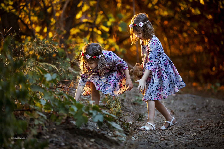 Twin Sisters by Sergey Bidun