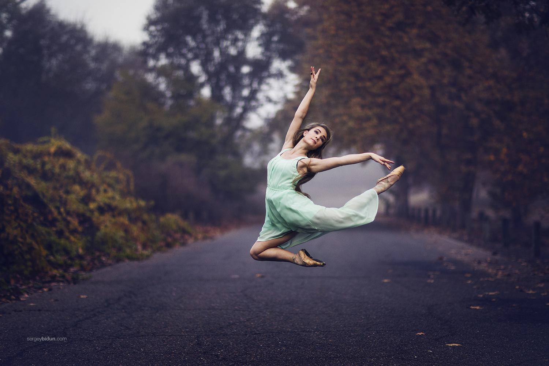 Ballerina  by Sergey Bidun