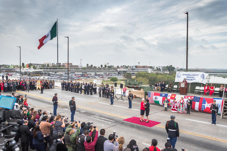 Abrazo Bridge Ceremony by Francisco Mendoza