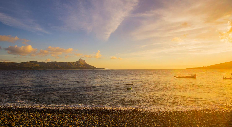sunset at mules island Flores by angki sumanang