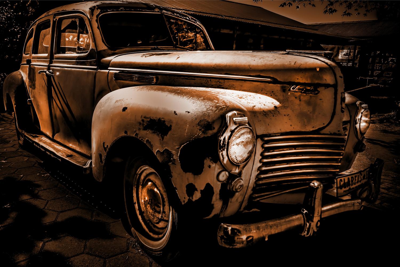 Rusty Precision by Wayne van der Walt