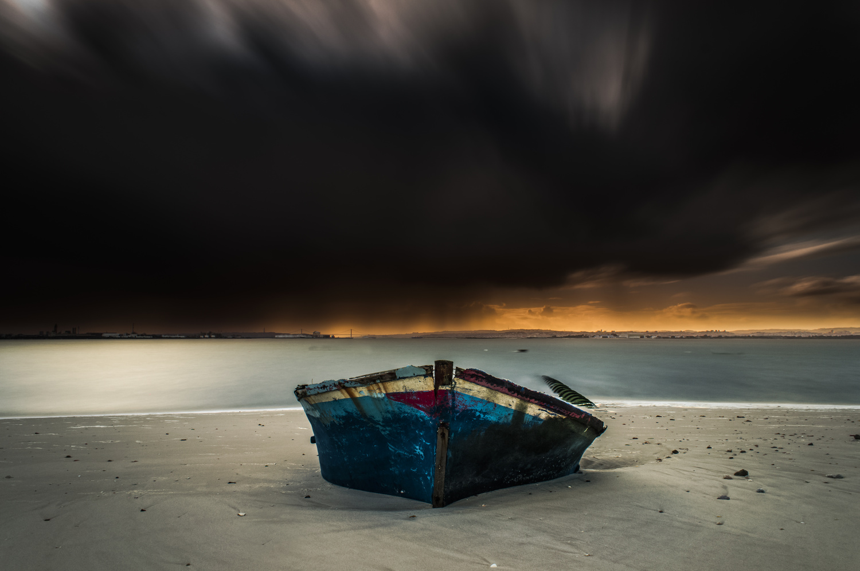 Incoming Storm by Daniel Boavida