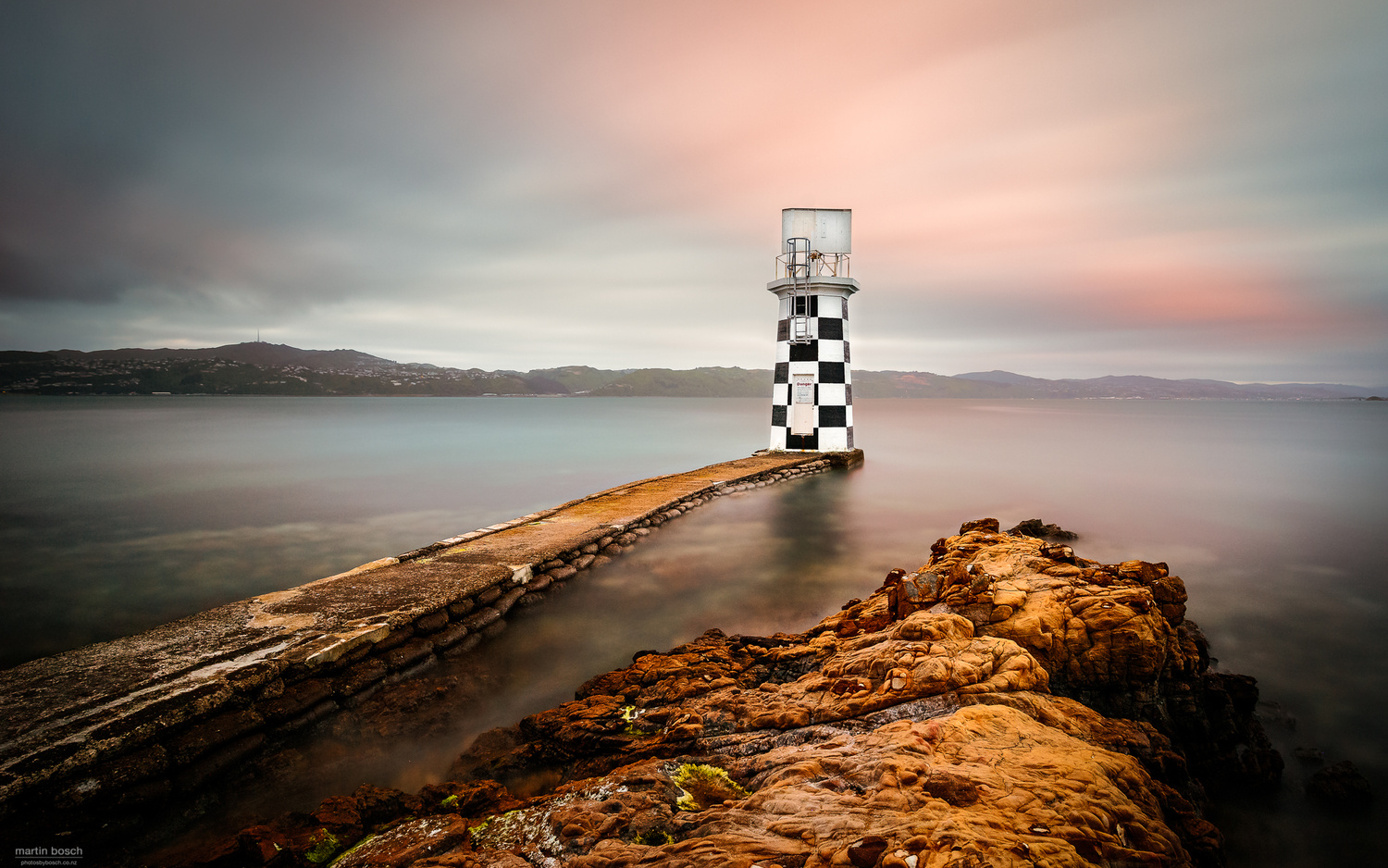 To the point by Martin Bosch