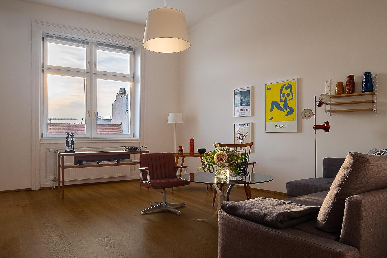 Apartment No. 10 by Thomas Schwinn