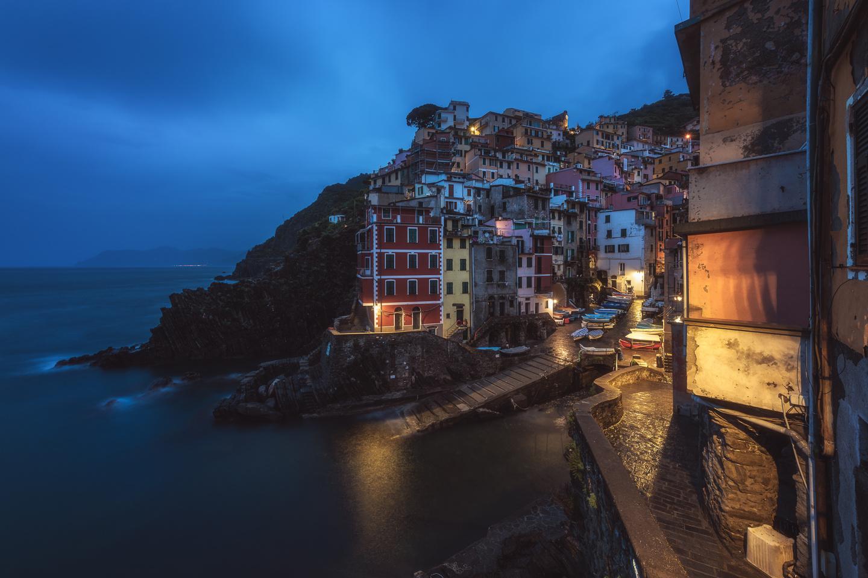 Cinque Terre - Riomaggiore  by Jean Claude Castor