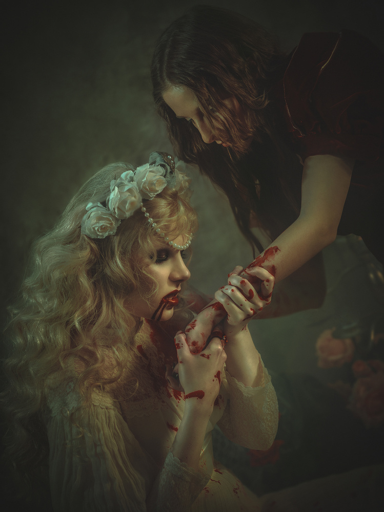 Give your blood by Rebeca Saray