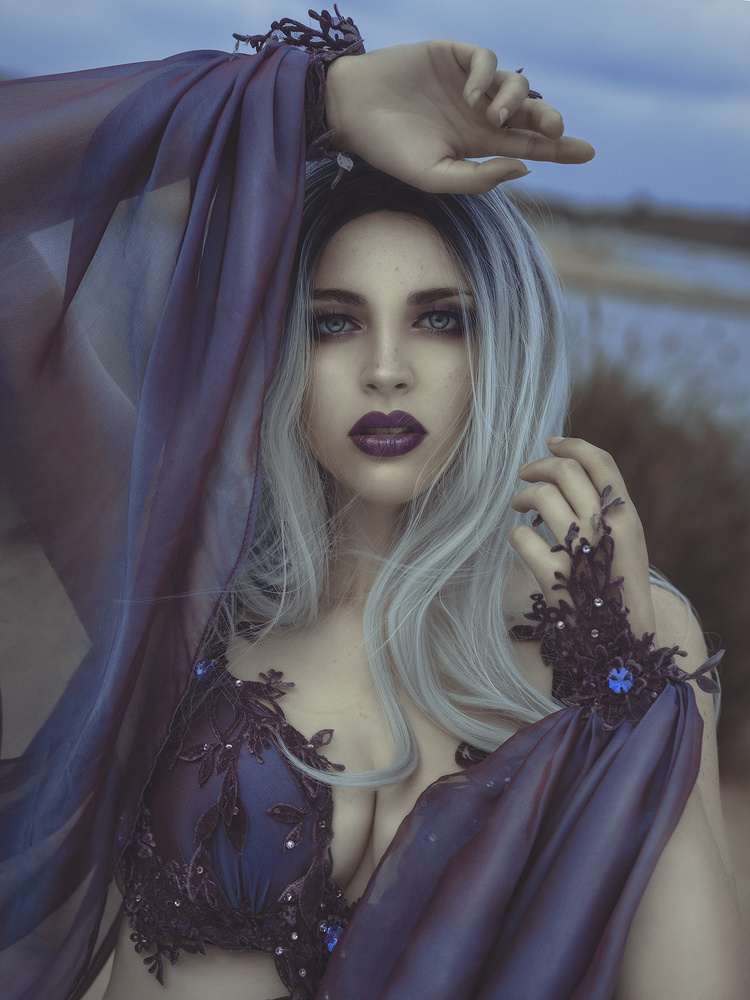 Purple by Rebeca Saray