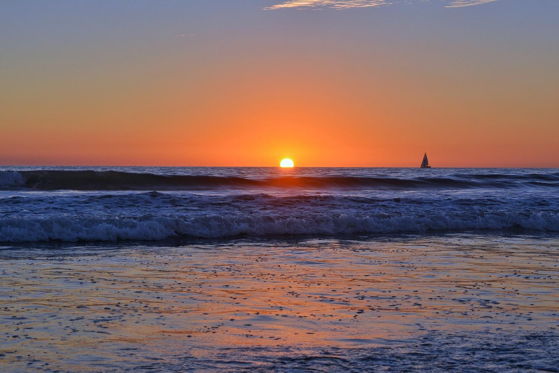 Pacific Sunset by Shivam Sarawagi