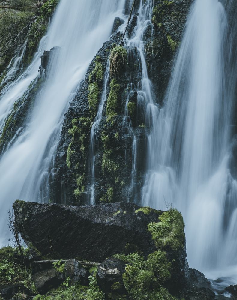 Shaki Waterfall 2 by andrew audley