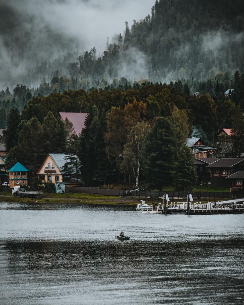 Lake Telestkoye by andrew audley