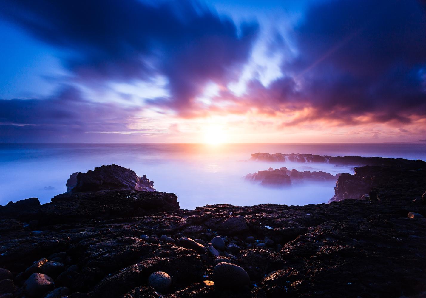 Reykjanes Sunset by Jeroen Van Nieuwenhove