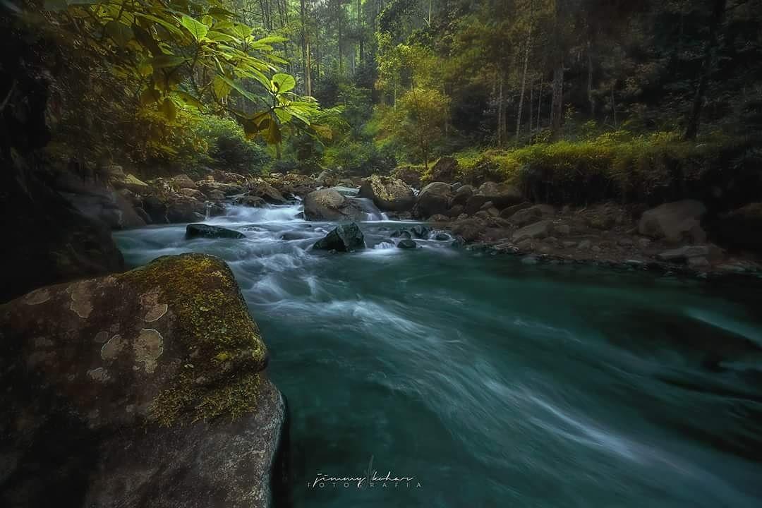 The Riverbank of Grojokan by Jimmy Kohar