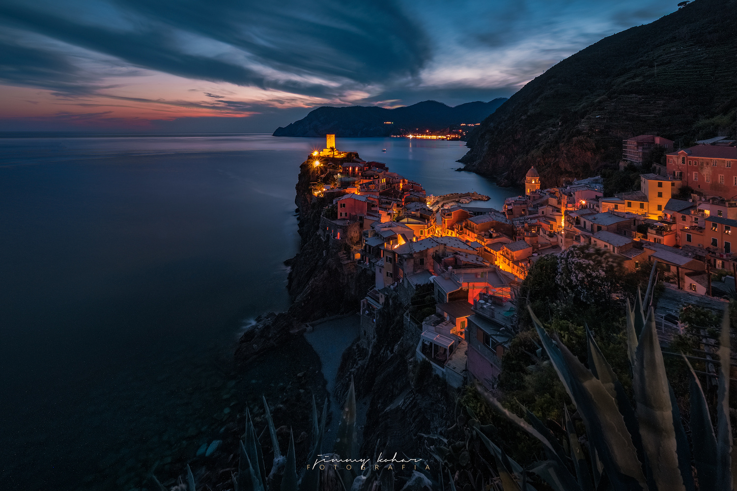 Vernazza in Blue Hour by Jimmy Kohar