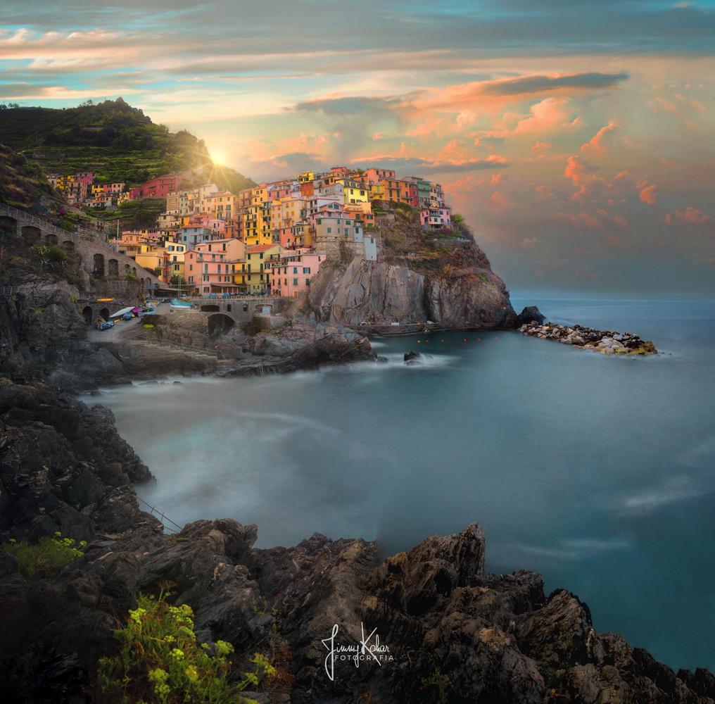 Manarola by Jimmy Kohar