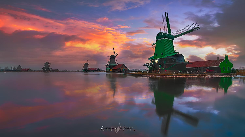Zaanse Schans Windmills by Jimmy Kohar