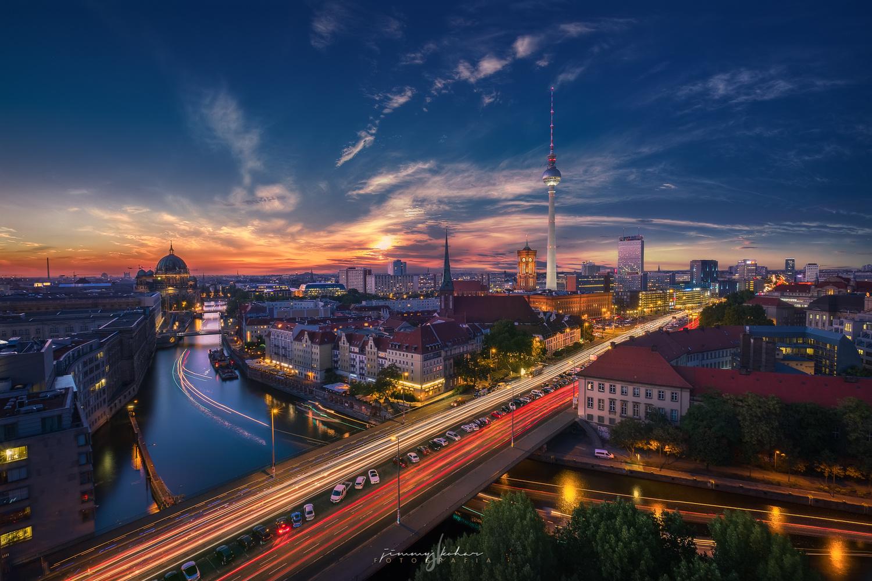 Berliner Sunset by Jimmy Kohar