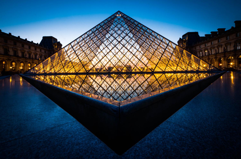 Louvre Pyramid by David Wan