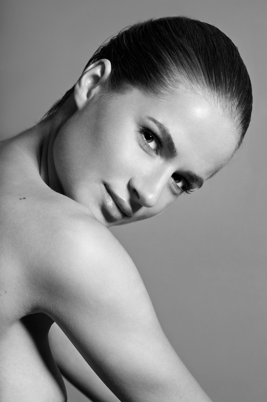 Tatiana Likhina by Luis Quezada