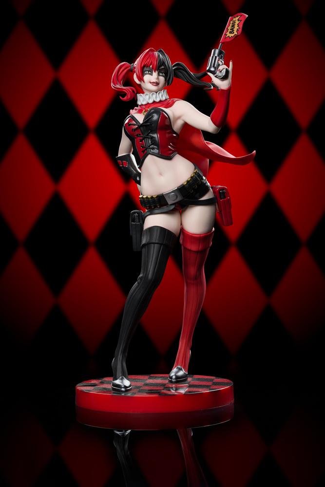 Kotobukiya Bishoujo - Harley Quinn Statue by Pete Labrozzi